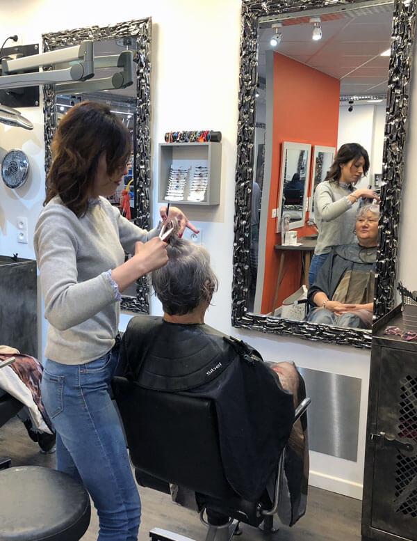 Coupe de cheveux au salon Rewellatif de Pouilley-Les-Vignes dans le Doubs - Centre commercial Super U #4